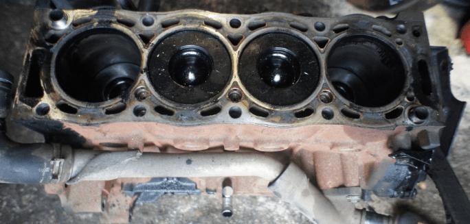 Блок цилиндров двигателя (картер); Ford; Focus II 2008 г.; Дизель; 2; Турбо
